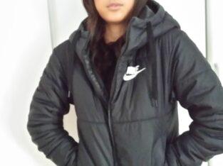En snygg Nike vinterjacka