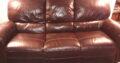 Soffgrupp i brunt skinn