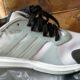 Adidas skor säljes