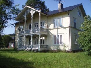 Jämtlandsvilla Herrgårdsliknande centralt s ö Jämt