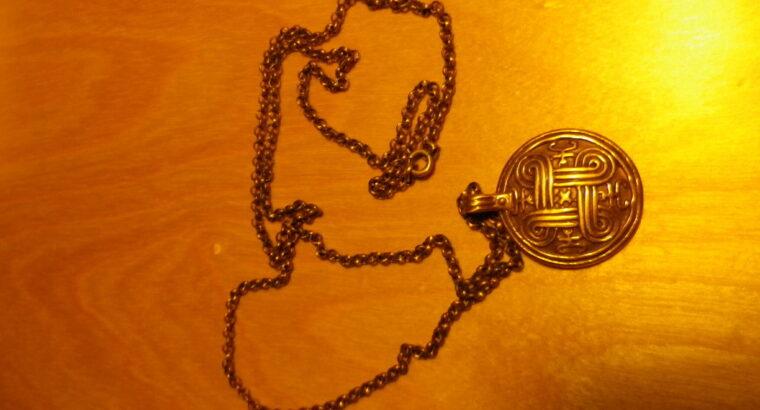 Vikingahänge med kedja i brons